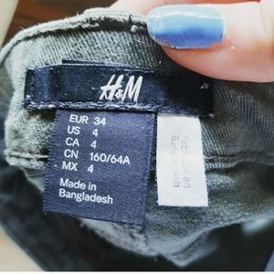 H and m army green jean shorts